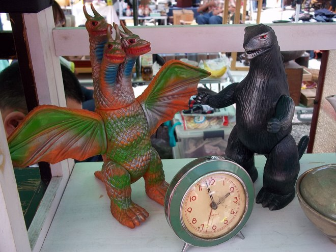 Godzilla vs. King Ghidorah in a battle for time!