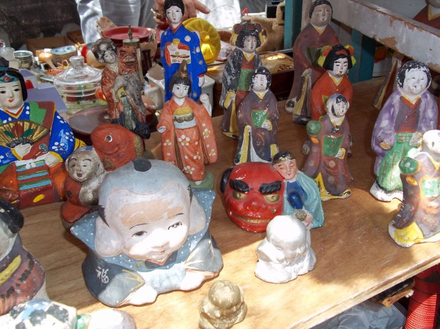 Traditional clay dolls called Hakata ningyō are popular both in Japan and abroad.