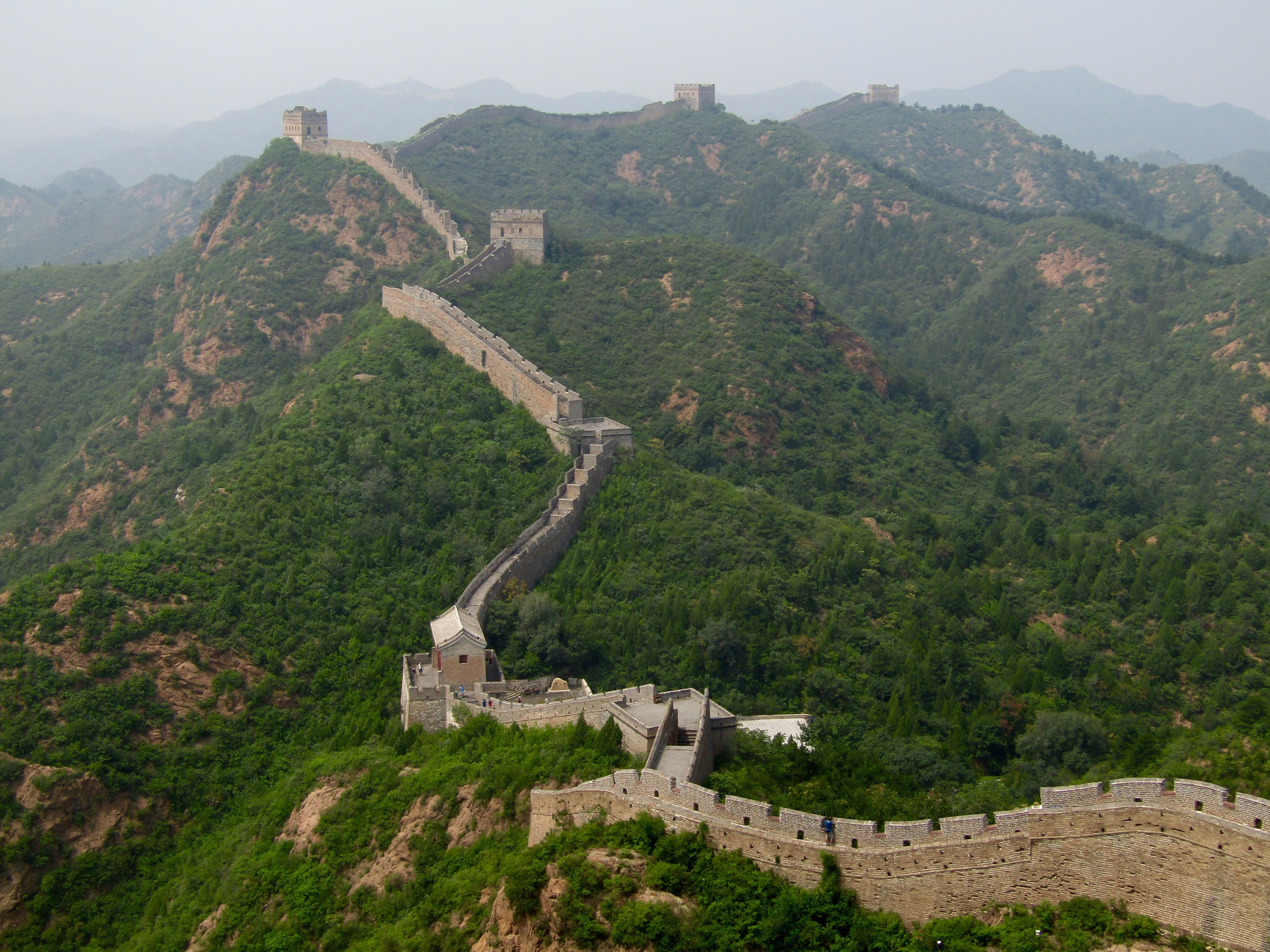 The wall literally stretches as far as the eyes can see, disappearing into the horizon.
