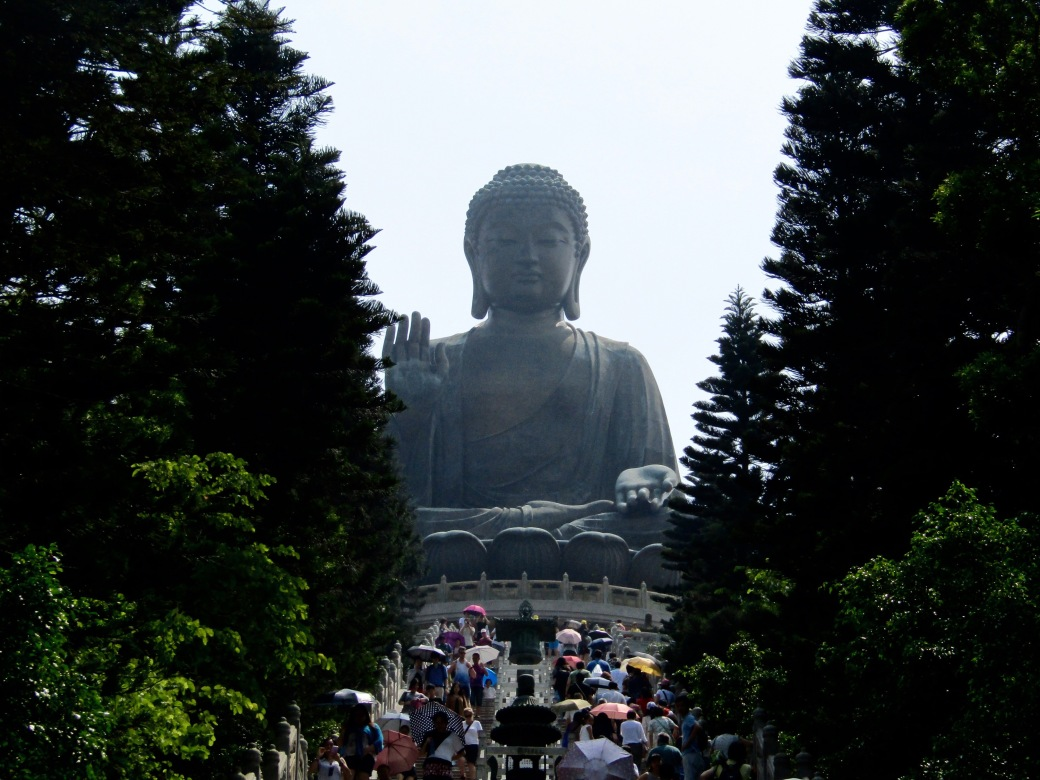 There are 268 steps leading to the base of the statue, where a museum allegedly houses some of the remains of Buddha himself, Siddhārtha Gautama.
