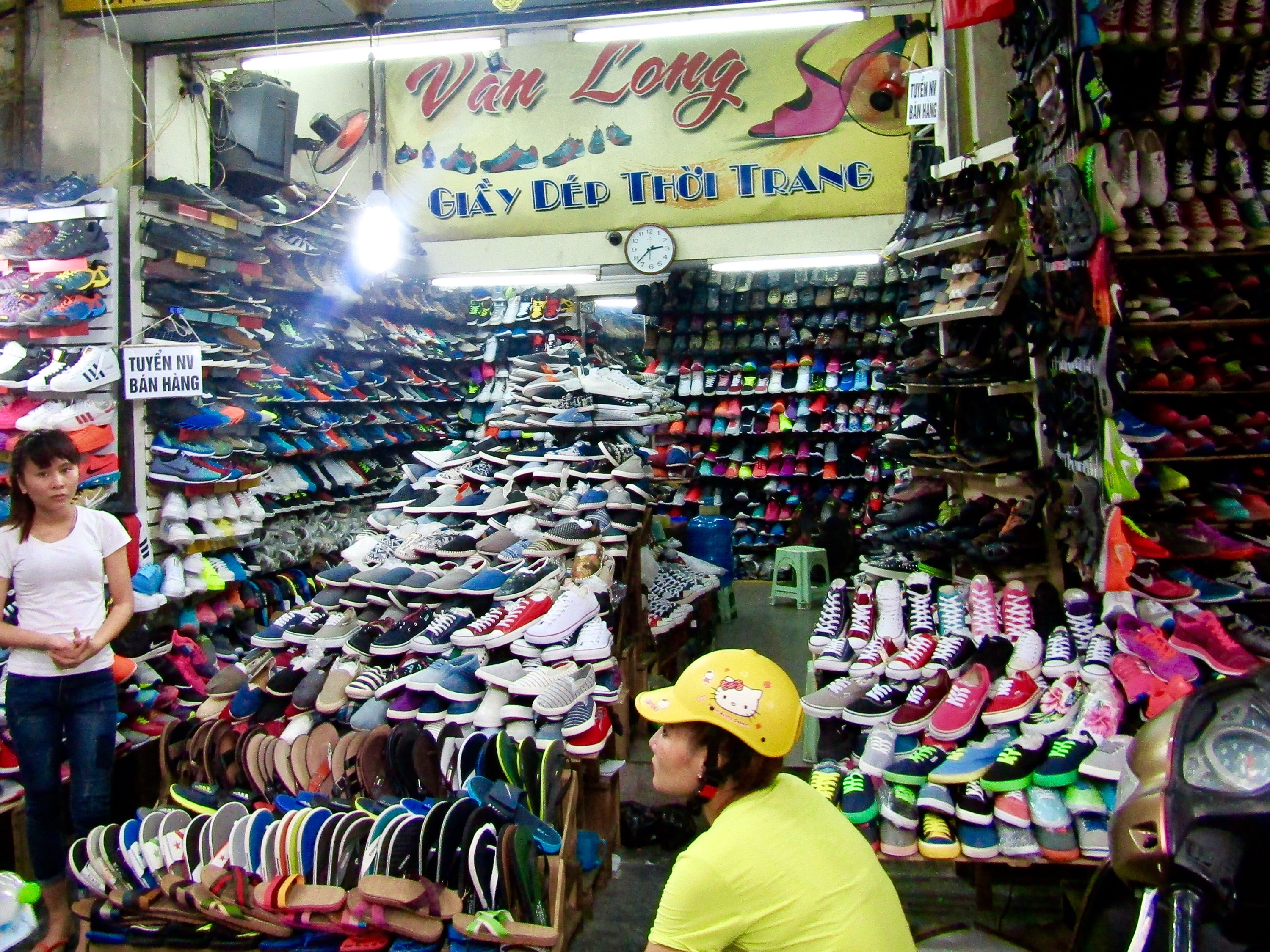 On Hang Dau (Shoe Street), brand name shoes made in Vietnamese or Cambodian factories spilled out onto the sidewalks. The authenticity may be dubious, but the prices are not. Unfortunately, larger Western-sizes for men are pretty hard to come by.