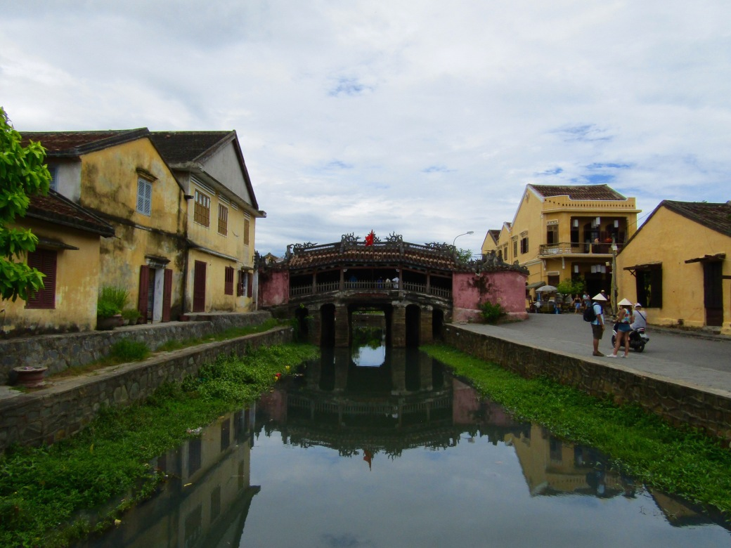 The Japanese Covered Bridge was built sometime in the 1700s, linking the Japanese and Chinese merchant settlements in Hoi An. A small Buddhist temple is attached to the bridge, the only one of its kind in the world.