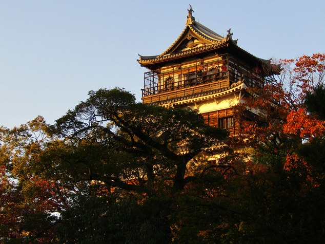 Hiroshima Castle catches the afternoon sun