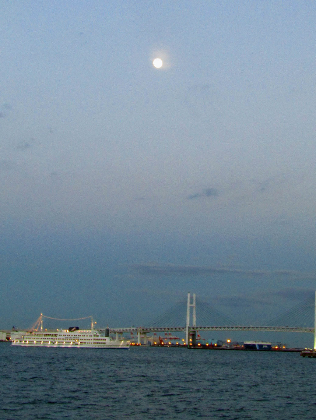 The Yokohama Bay Bridge spans Tokyo Bay