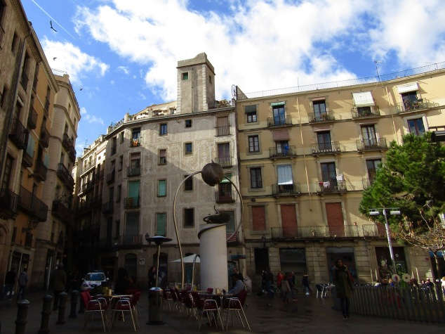 Our lunchtime view in Placa de George Orwell. The English author joined the Spanish militia in the 1930s to fight fascism in Barcelona, an era he chronicled in his book Homage to Catalonia.