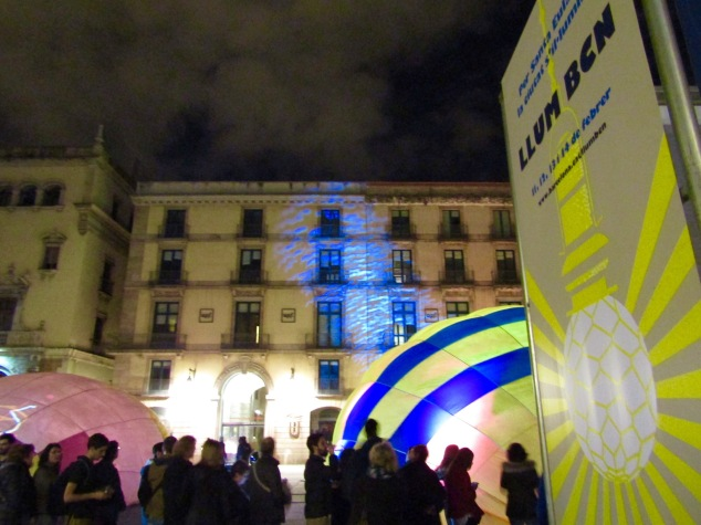 One of the 21 light installations that made up the LLUM BCN Festival.