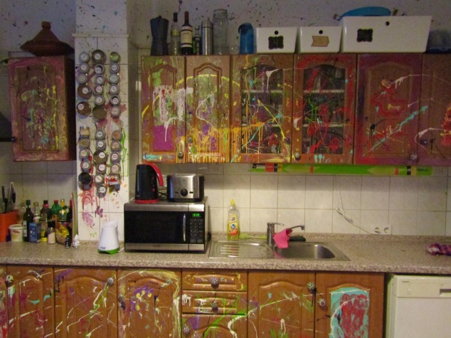The kitchen of our Airbnb has a Jackson Pollock-inspired design.