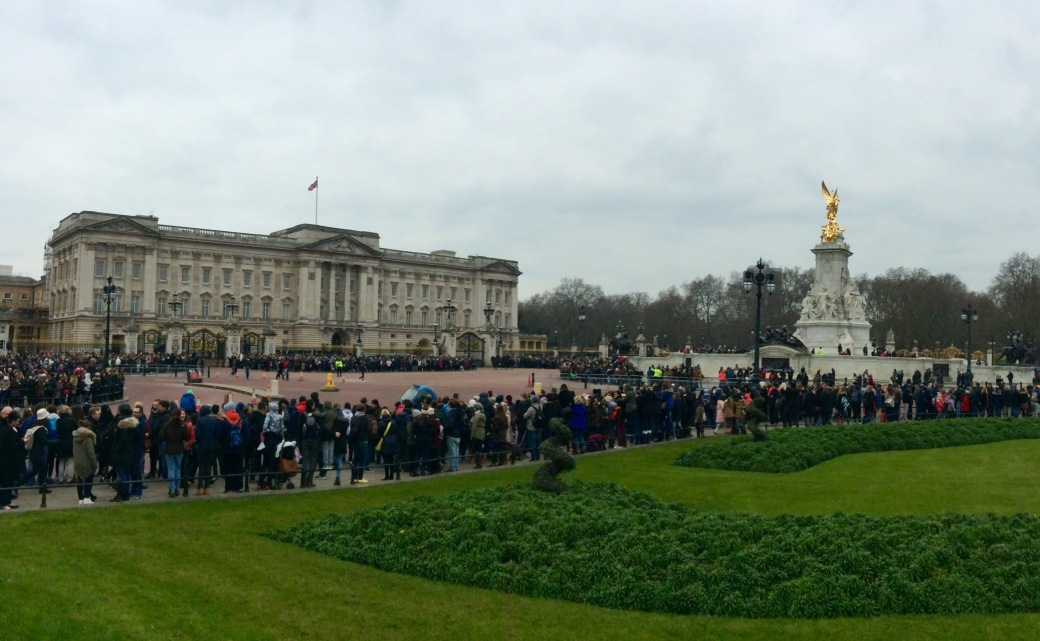 Buckingham Palace and the memorial to Queen Victoria.