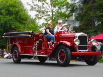 A classic fire truck in the Western Days Parade.