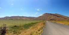 The road to the Painted Hills
