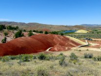 The top of the Painted Cove Trail has panoramic views of the hills and the Painted Hills Reservoir.