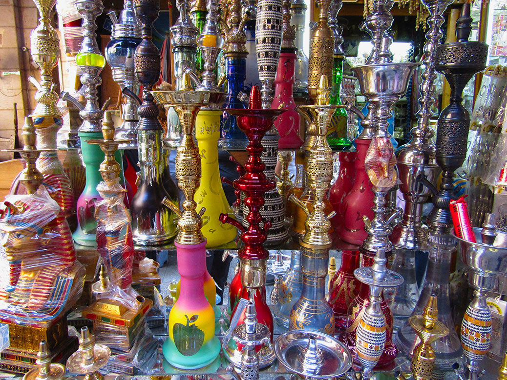 Speaking of shisha, you can buy your own pipe to take home with you.